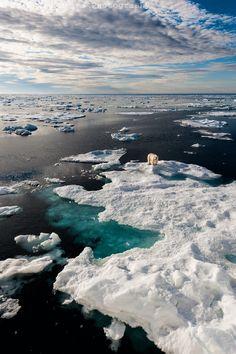Hinlopenstretet is the strait between Spitsbergen and Nordaustlandet in Svalbard, Norway