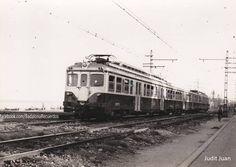 """""""1958, tren a la altura de la Rambla. Foto Judit Juan. #badalona #barcelona…"""