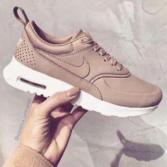30c8e10d1b0f Nike Airmax