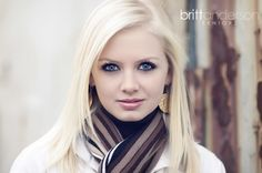 Britt Anderson Seniors | check out those eye lashes!