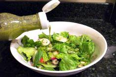 Cafe Rio Cilantro Lime Vinaigrette Salad Dressing | Bakerette.com