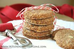 Kitchen Concoctions: Oatmeal Banana Dog Biscuits