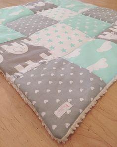Babydecken - Krabbeldecke ♥ Patchworkdecke ♥ ca. 80cm x 80cm - ein Designerstück von -Stoffhase- bei DaWanda
