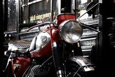 Kawasaki 350 Avenger 1969, à vendre chez Legend Motors...