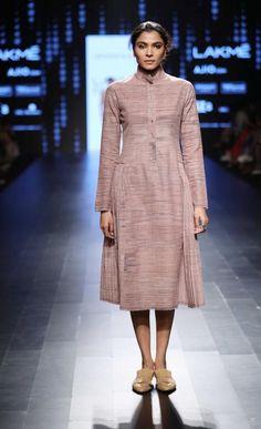 Urvashi Kaur - Lakme Fashion Week SR17 - Look 11  Source: Lakme Fashion Week Website