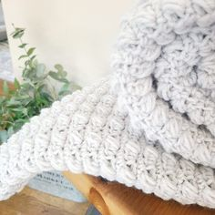 Textured Puff Stitch Crochet Blanket Pattern - EasyCrochet.com Crochet Baby Blanket Tutorial, Baby Afghan Crochet, Crochet Dishcloths, Crochet Blanket Patterns, Crocheted Afghans, Baby Afghans, Puff Stitch Crochet, Crochet Stitches For Blankets, Blanket Sizes