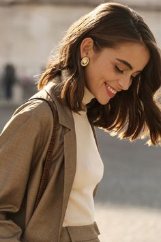 Brunette Color, Brunette Hair, Fashion Mode, Look Fashion, Ethical Fashion, Fashion Brands, Fashion Ideas, Fashion Outfits, Urbane Fotografie