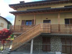 BF | Parapetti, facciata e scala esterna in larice a Rovetta Stairs, House Styles, Design, Home Decor, Stairway, Decoration Home, Staircases, Room Decor, Ladders