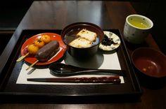 """新宿の「追分だんご本舗」の """"おしるこ"""" が美味しすぎて危険! マジで危険!!"""