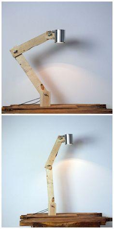 Adjustable Pallet Wood Lamp  #woodworking #lighting