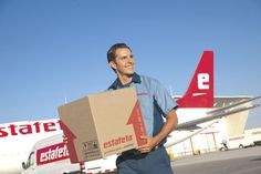Estafeta USA offers air cargo express freight services for companies wishing to ship products to customers in Mexico.