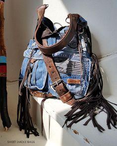 Jean Purses, Purses And Bags, Denim Ideas, Art Bag, Leather Jeans, Denim Bag, Leather Handbags, Leather Wallets, Beautiful Bags