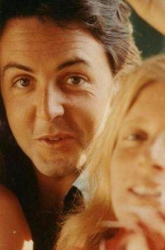 Paul Mccartney Beatles, Mary Mccartney, Paul And Linda Mccartney, Linda Eastman, Sir Paul, Lonely Heart, Eric Clapton, John Lennon, The Beatles