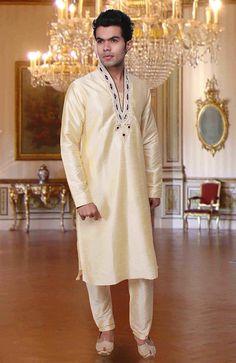 Stunning Off White Kurta Pyjama set
