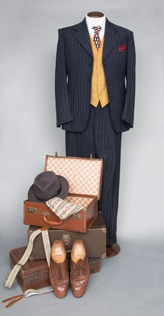Original Navy and mustard wool suit from Hampshire Wardrobe 1940s Outfits, Vintage Outfits, Vintage Fashion, Costume Hire, Costumes, 1940s Looks, Makeup History, Gentleman's Wardrobe, Goodwood Revival