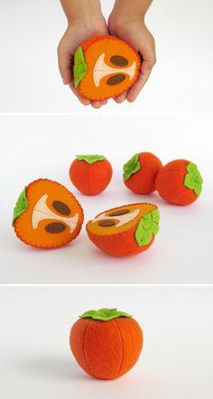 Tolles Spielzeug für Kinder: Kaki Frucht aus Filz für den Kaufmannsladen / great item for your children's toy shop: orange felt  persimmon fruit made by MyFruit via DaWanda.com