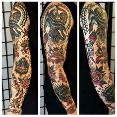 tattoo old school Full Arm Tattoos, Full Body Tattoo, Black Ink Tattoos, Dope Tattoos, Badass Tattoos, Leg Tattoos, Body Art Tattoos, Sleeve Tattoos, Tattoos For Guys