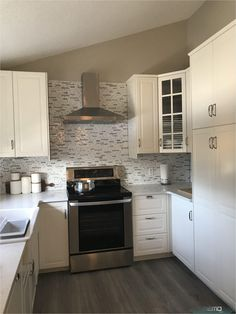 Aug 29, 2019 - I review our new kitchen laying out the pros and cons to going wi..., #Aug #Cons #Kitchen #laying #Pros #Review Ikea Kitchen Countertops, Ikea Cabinets, Custom Kitchen Cabinets, Quartz Countertops, New Kitchen, Kitchen Ideas, Kitchen Reno, Little Houses, Home Staging