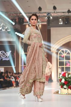 Sara Rohale Asghar Dresses Collection Picture Gallery