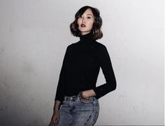 Chriselle Lim wears a black turtleneck with belted Levi's jeans Black Turtleneck, Mid Rise Skinny Jeans, Vintage Denim, Vintage Inspired, Ready To Wear, Normcore, Turtle Neck, Street Style, Fashion Outfits