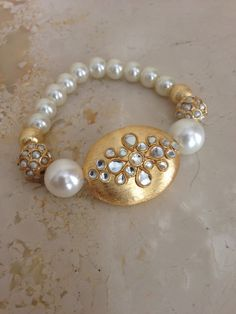 Gold and pearl bracelet !
