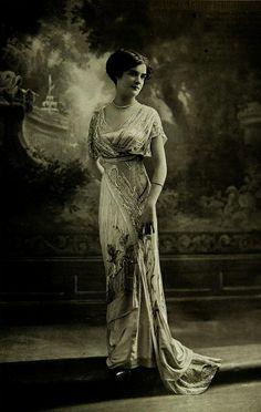 Evening dress by Lelong [1912]