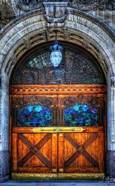 Such a cool door