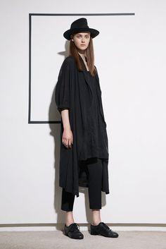 http://www.vogue.com/fashion-shows/resort-2017/ys-yohji-yamamoto/slideshow/collection