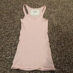 Pink tank top Small pink tank top from Abercrombie & Fitch. Gently used, never worn Abercrombie & Fitch Tops Tank Tops