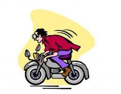Un motociclista sta percorrendo un tratto di mulattiera a tutta velocità a bordo della sua potentissima moto. A un... http://buff.ly/1ARaBkk