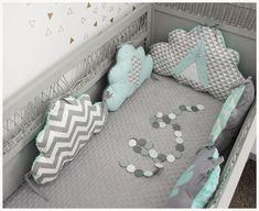 tour de lit b b nuage rose poudre et gris linge de lit enfants par les petits gosses. Black Bedroom Furniture Sets. Home Design Ideas