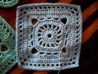 Háčkovaný čtvereček Crochet Granny, Chrochet, Crochet Stitches, All Granny, Granny Squares, Blanket, Knitting, Tejidos, Crocheting