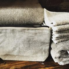 Tampico bag and linen towels and face washers in #hawthorneast #scarletjones #linen #tampico #opentoday