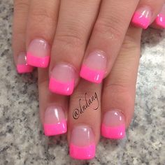 american french nails Of July Pink Tip Nails, Pink Acrylic Nails, Fancy Nails, Love Nails, Trendy Nails, My Nails, Summer French Nails, French Tip Nails, French Pedicure