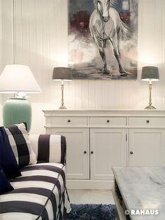 SNOW WHITE #Couch #Sofa #leuchte #kissen #puff #hocker #couchtisch