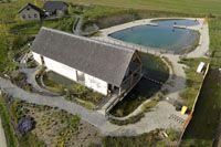 Sladkovodní ryby, rybník, tunel - Modrá