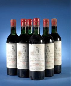 Six bottles of Chateau Latour 1959 sold as top lot in Bonhams' Fine and Rare Wine auction in London. Top Wines, Chateau Latour, Rare Wine, Wine Auctions, Wine Wednesday, Growing Grapes, French Wine, Vintage Wine, In Vino Veritas