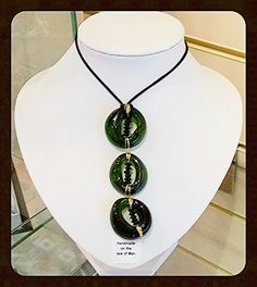 Recycled bottle neck neacklace. #recyledglass #recyclingbottles #upcycledjewellery