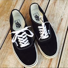 Black Classic WOMANS Vans Worn once, excellent condition. Ships Immediately! Vans Shoes Sneakers