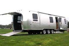 PanAmerica Airstream would be the perfect traveling artist studio. Airstream Travel Trailers, Camper Caravan, Rv Campers, Camper Van, Jeep Camping, Airstream Renovation, States In America, Toy Hauler, California Travel
