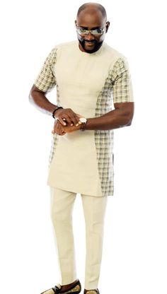 In Today Fashion Edition post,we will be Releasing to you the very Latest Fashionable Senator … Couples African Outfits, African Dresses Men, Latest African Fashion Dresses, African Men Fashion, Mens Fashion, African Shirts For Men, African Attire For Men, African Clothing For Men, African Wear