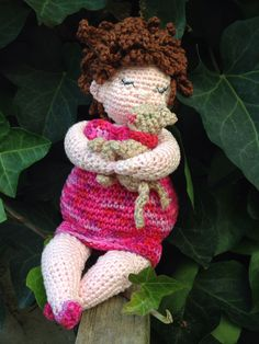 Fat lady with her cat, pattern by Anja Toonen
