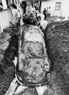 The True Story Of How A Ferrari Ended Up Buried In Someone's Yard | HowToInstructions.Us