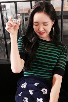 """Apink Son naeun 손나은 孫나은 에이핑크 エーピンク """"good day"""" soju cf making naver South Korean Girls, Korean Girl Groups, Apink Naeun, Son Na Eun, Female Character Inspiration, Uzzlang Girl, Latest Pics, My Idol, Asian Girl"""