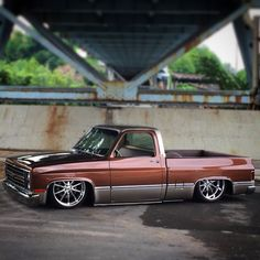 (1) Squarebody Syndicate
