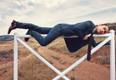 """Joseph Gordon-Levitt photographed by Norman Jean Roy in a photo shoot for """"Details"""" magazine aug Joseph Gordon Levitt, Gorgeous Men, Beautiful People, Norman Jean Roy, Details Magazine, Portraits, Oui Oui, Image Hd, Celebs"""