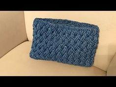 Crochet Clutch Bags, Crochet Pouch, Crochet Handbags, Crochet Purses, Crochet Bags, Crochet Bag Tutorials, Diy Crafts Crochet, Crochet Videos, Crochet Sole