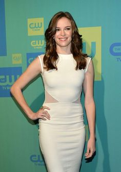 Danielle Panabaker as Caitlin Snow - The Flash Caitlyn Snow, Kay Panabaker, Emma Rigby, Ella Henderson, Fall Tv, Killer Frost, Danielle Panabaker, Debbie Gibson, Celebrity Red Carpet