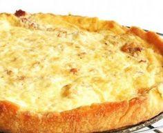 Quiche de cebola com queijo