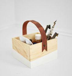 melissaesplin-for-whimseybox-leather-handled-box-12.jpg 700×736 pikseliä